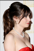 Celebrity Photo: Zooey Deschanel 2000x3000   653 kb Viewed 56 times @BestEyeCandy.com Added 59 days ago