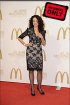 Celebrity Photo: Andie MacDowell 2832x4256   2.4 mb Viewed 11 times @BestEyeCandy.com Added 1078 days ago
