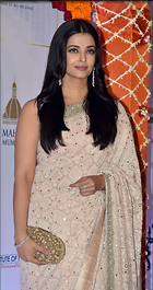 Celebrity Photo: Aishwarya Rai 1280x2425   536 kb Viewed 125 times @BestEyeCandy.com Added 722 days ago