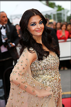 Celebrity Photo: Aishwarya Rai 1280x1920   379 kb Viewed 56 times @BestEyeCandy.com Added 364 days ago