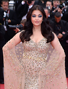 Celebrity Photo: Aishwarya Rai 1280x1677   404 kb Viewed 50 times @BestEyeCandy.com Added 364 days ago