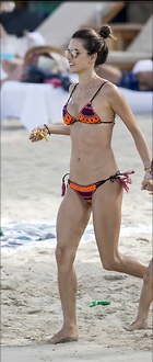 Celebrity Photo: Alessandra Ambrosio 948x2232   995 kb Viewed 62 times @BestEyeCandy.com Added 19 days ago
