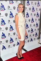Celebrity Photo: Yvonne Strahovski 2000x3000   794 kb Viewed 91 times @BestEyeCandy.com Added 164 days ago