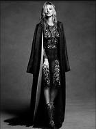 Celebrity Photo: Kate Moss 500x667   47 kb Viewed 105 times @BestEyeCandy.com Added 689 days ago
