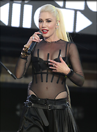 Celebrity Photo: Gwen Stefani 1280x1734   185 kb Viewed 218 times @BestEyeCandy.com Added 511 days ago