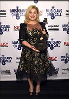 Celebrity Photo: Kelly Clarkson 500x712   88 kb Viewed 236 times @BestEyeCandy.com Added 948 days ago