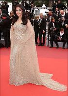 Celebrity Photo: Aishwarya Rai 1280x1796   330 kb Viewed 54 times @BestEyeCandy.com Added 364 days ago