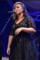 Celebrity Photo: Kelly Clarkson 500x735   74 kb Viewed 275 times @BestEyeCandy.com Added 957 days ago