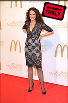 Celebrity Photo: Andie MacDowell 3456x5184   3.1 mb Viewed 11 times @BestEyeCandy.com Added 867 days ago