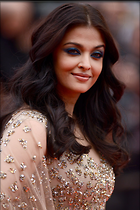 Celebrity Photo: Aishwarya Rai 1280x1918   314 kb Viewed 60 times @BestEyeCandy.com Added 364 days ago