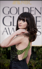 Celebrity Photo: Zooey Deschanel 1239x2000   363 kb Viewed 23 times @BestEyeCandy.com Added 59 days ago