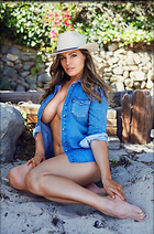 Celebrity Photo: Kelly Brook 2475x3744   1,023 kb Viewed 533 times @BestEyeCandy.com Added 16 days ago