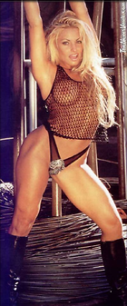 Celebrity Photo: Trish Stratus 400x962   59 kb Viewed 1.839 times @BestEyeCandy.com Added 591 days ago