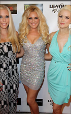 Celebrity Photo: Holly Madison 500x800   90 kb Viewed 79 times @BestEyeCandy.com Added 1550 days ago