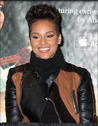 Celebrity Photo: Alicia Keys 500x644   62 kb Viewed 105 times @BestEyeCandy.com Added 1070 days ago