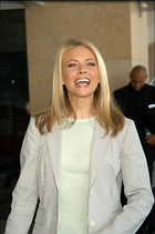 Celebrity Photo: Faith Ford 2000x3008   519 kb Viewed 235 times @BestEyeCandy.com Added 1337 days ago