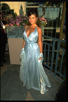 Celebrity Photo: Yasmine Bleeth 426x640   53 kb Viewed 658 times @BestEyeCandy.com Added 1301 days ago