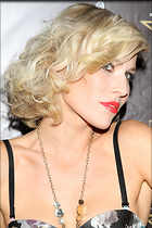 Celebrity Photo: Natasha Bedingfield 2000x3000   899 kb Viewed 91 times @BestEyeCandy.com Added 1643 days ago