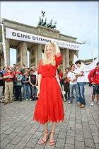 Celebrity Photo: Claudia Schiffer 1024x1536   241 kb Viewed 181 times @BestEyeCandy.com Added 3142 days ago