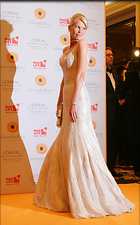 Celebrity Photo: Claudia Schiffer 1024x1643   154 kb Viewed 145 times @BestEyeCandy.com Added 3142 days ago