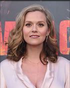 Celebrity Photo: Hilarie Burton 1200x1508   191 kb Viewed 56 times @BestEyeCandy.com Added 349 days ago