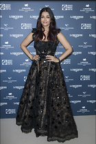 Celebrity Photo: Aishwarya Rai 1200x1800   321 kb Viewed 56 times @BestEyeCandy.com Added 253 days ago