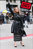 Celebrity Photo: Jennifer Lopez 2191x3287   4.0 mb Viewed 1 time @BestEyeCandy.com Added 29 hours ago