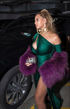 Celebrity Photo: Beyonce Knowles 1200x1851   233 kb Viewed 117 times @BestEyeCandy.com Added 50 days ago