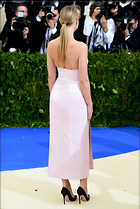 Celebrity Photo: Gwyneth Paltrow 2473x3687   1,071 kb Viewed 90 times @BestEyeCandy.com Added 220 days ago