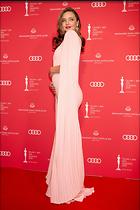 Celebrity Photo: Miranda Kerr 1600x2400   685 kb Viewed 13 times @BestEyeCandy.com Added 30 days ago