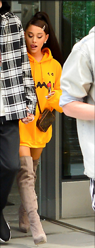 Celebrity Photo: Ariana Grande 560x1453   245 kb Viewed 6 times @BestEyeCandy.com Added 25 days ago