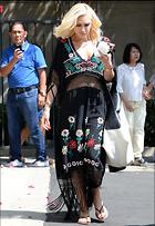 Celebrity Photo: Gwen Stefani 2100x3049   1,050 kb Viewed 19 times @BestEyeCandy.com Added 32 days ago