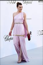 Celebrity Photo: Milla Jovovich 1200x1803   141 kb Viewed 41 times @BestEyeCandy.com Added 91 days ago
