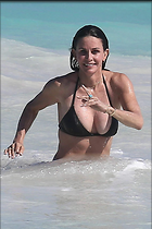 Celebrity Photo: Courteney Cox 1200x1804   176 kb Viewed 206 times @BestEyeCandy.com Added 345 days ago