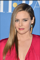 Celebrity Photo: Alicia Silverstone 2100x3150   861 kb Viewed 44 times @BestEyeCandy.com Added 127 days ago
