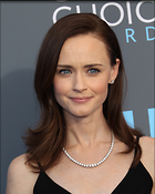 Celebrity Photo: Alexis Bledel 2400x3000   1,043 kb Viewed 37 times @BestEyeCandy.com Added 74 days ago