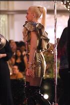 Celebrity Photo: Gwen Stefani 1200x1800   223 kb Viewed 26 times @BestEyeCandy.com Added 85 days ago