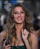 Celebrity Photo: Gisele Bundchen 1200x1481   189 kb Viewed 17 times @BestEyeCandy.com Added 24 days ago
