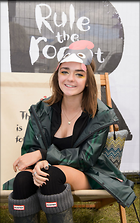 Celebrity Photo: Maisie Williams 1200x1910   265 kb Viewed 48 times @BestEyeCandy.com Added 15 days ago