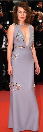 Celebrity Photo: Milla Jovovich 470x1424   302 kb Viewed 26 times @BestEyeCandy.com Added 66 days ago