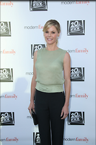 Celebrity Photo: Julie Bowen 2189x3283   706 kb Viewed 48 times @BestEyeCandy.com Added 101 days ago