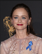 Celebrity Photo: Alexis Bledel 1200x1548   222 kb Viewed 27 times @BestEyeCandy.com Added 40 days ago
