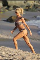 Celebrity Photo: Victoria Silvstedt 1280x1920   259 kb Viewed 47 times @BestEyeCandy.com Added 91 days ago