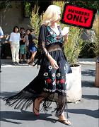 Celebrity Photo: Gwen Stefani 2100x2700   1.5 mb Viewed 0 times @BestEyeCandy.com Added 32 days ago