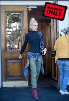 Celebrity Photo: Gwen Stefani 6690x9714   2.6 mb Viewed 0 times @BestEyeCandy.com Added 41 days ago