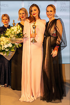 Celebrity Photo: Miranda Kerr 1600x2400   1.2 mb Viewed 17 times @BestEyeCandy.com Added 30 days ago
