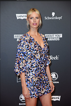 Celebrity Photo: Karolina Kurkova 1200x1800   274 kb Viewed 20 times @BestEyeCandy.com Added 49 days ago