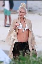 Celebrity Photo: Gwen Stefani 2333x3500   1.2 mb Viewed 94 times @BestEyeCandy.com Added 67 days ago