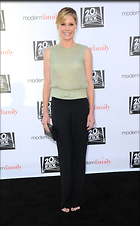 Celebrity Photo: Julie Bowen 2078x3360   643 kb Viewed 50 times @BestEyeCandy.com Added 101 days ago