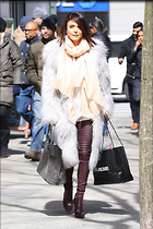 Celebrity Photo: Bethenny Frankel 1200x1800   294 kb Viewed 7 times @BestEyeCandy.com Added 15 days ago